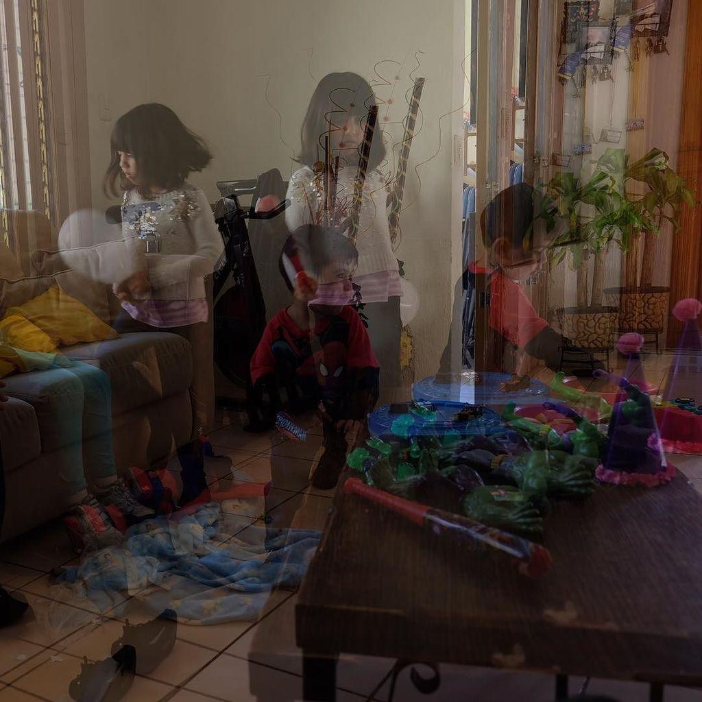 Double trouble  #xt10 #fujifilm #xseries #doubleexposure #familia  http:// ift.tt/2iF2PHi  &nbsp;  <br>http://pic.twitter.com/aYQlg67cMa