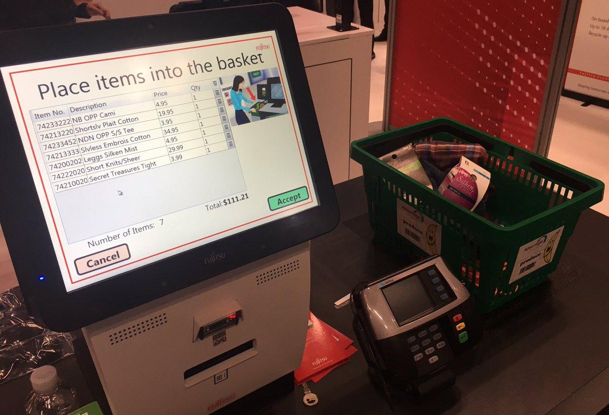 Ne sortez plus vos articles du panier grâce au #SCO #RFID de @Fujitsu_France ! #retail #nrf17<br>http://pic.twitter.com/rAZdXWUb5p