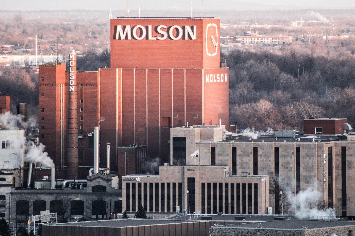 La plus ancienne brasserie d&#39;Amérique du Nord est à @Monmontreal ! Cheers !  Molson a été fondée en 1786 ! #Montreal #Quebec #Canada<br>http://pic.twitter.com/mb3LILeRIl