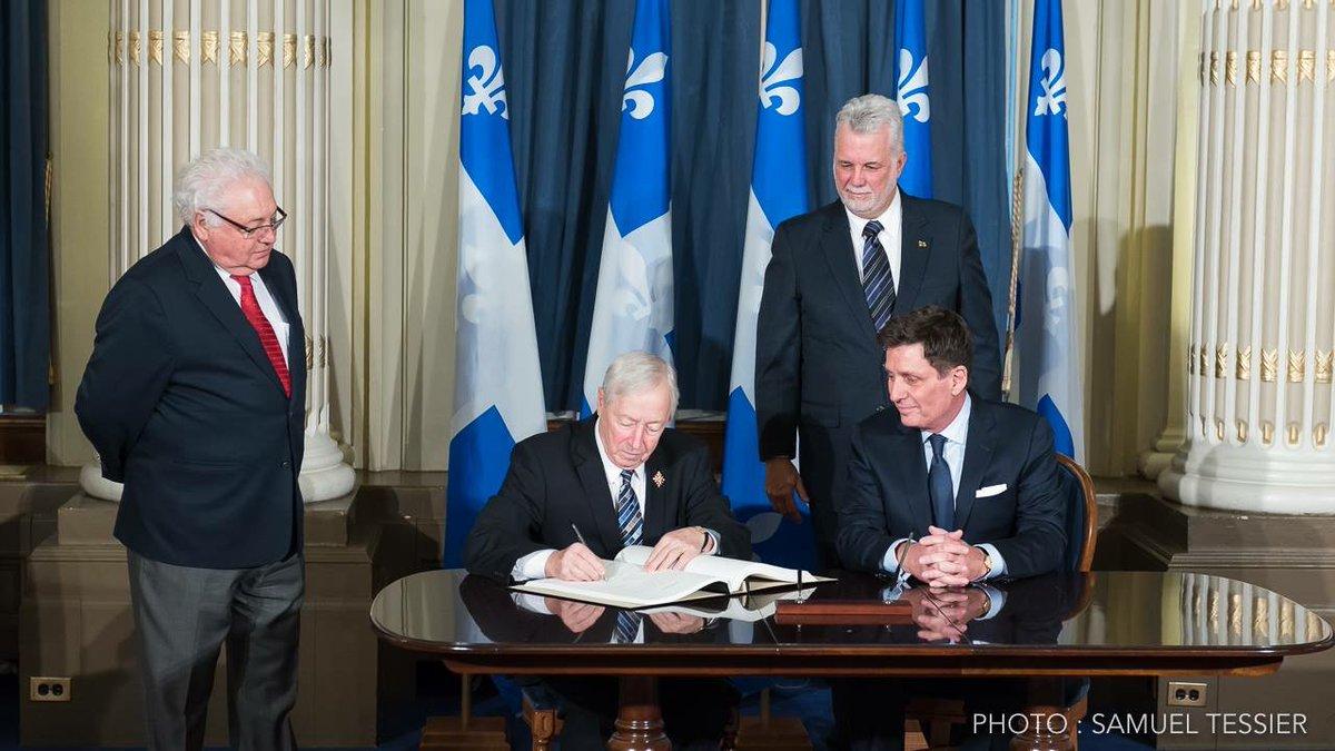Nouveau mandat, nouveau défi : merci au premier ministre @phcouillard de sa confiance. #polqc #assnat <br>http://pic.twitter.com/cyYbL3xmbu