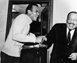 RT @womensmarch: There's so much joy in this picture! #MLK and #WomensMarch honorary co-chair @harrybelafonte. https://t.co/JLjVNxejO9