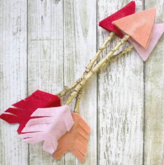 Handmade Valentine's Day Felt Arrows Craft for Kids