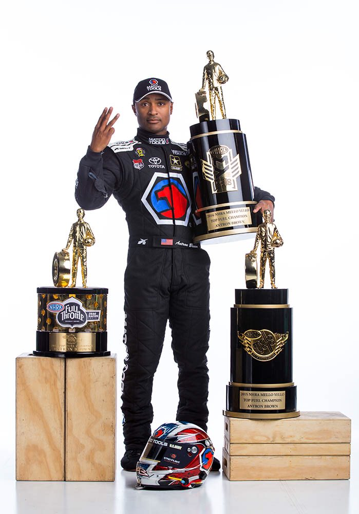 Thank you MLK! I have a dream! I'm blessed to live it everyday! @Oprah @BET @NHRA #Ihaveadream #MLKDAY #3XNHRAchamp https://t.co/ri24isE0m4