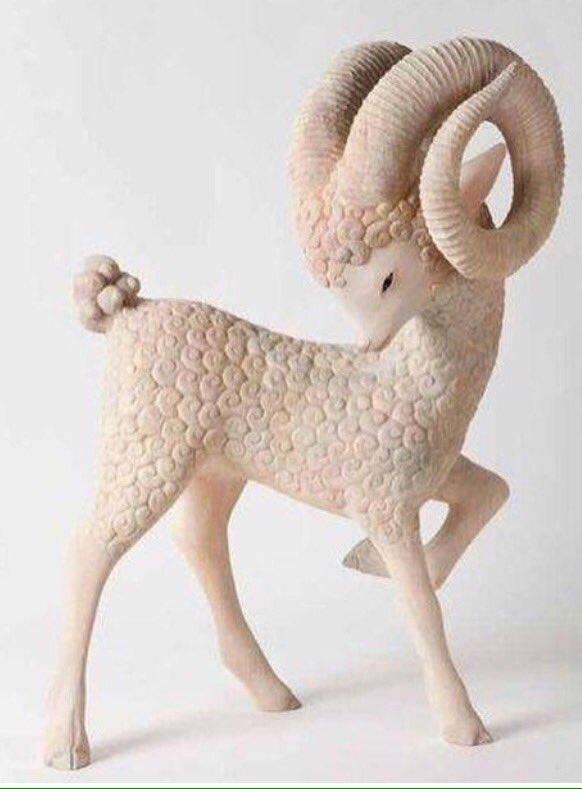 Beautiful wool sculpture by Yoshimasa Tsuchiya. https://t.co/s7O8Qx11u1