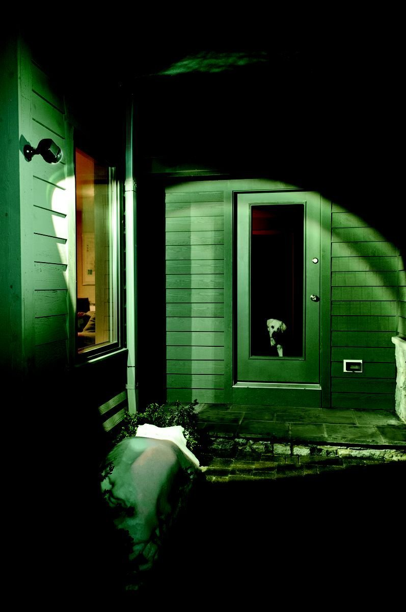 Best Security Lights for Outside Your Home  http:// bit.ly/2ie2exz  &nbsp;   #homesecurity #safety<br>http://pic.twitter.com/OEGu5WiXV0