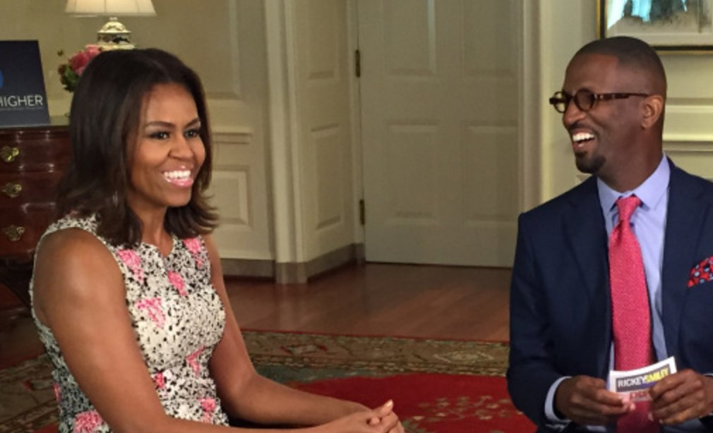#HappyBirthday to First Lady #MichelleObama!! Here&#39;s a really fun interview I did with her at #TheWhiteHouse:  http:// bit.ly/2jFqtC7  &nbsp;   #RSMS<br>http://pic.twitter.com/kxcv8cFacW