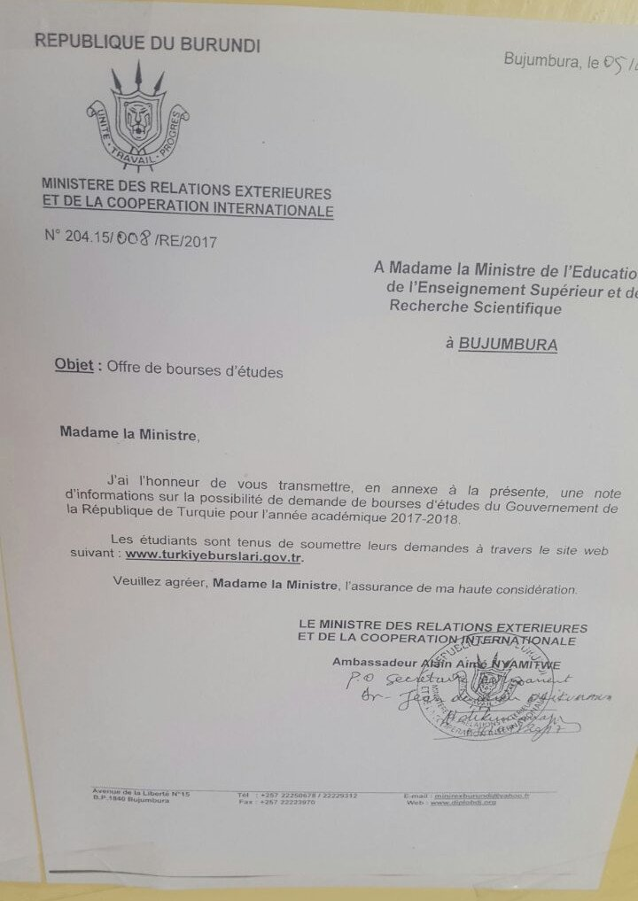 Le MAE @nyamitwe signale des bourses d'étude pour la #Turquie en faveur d'étudiants venus du #Burundi<br>http://pic.twitter.com/waGIPMhV9p