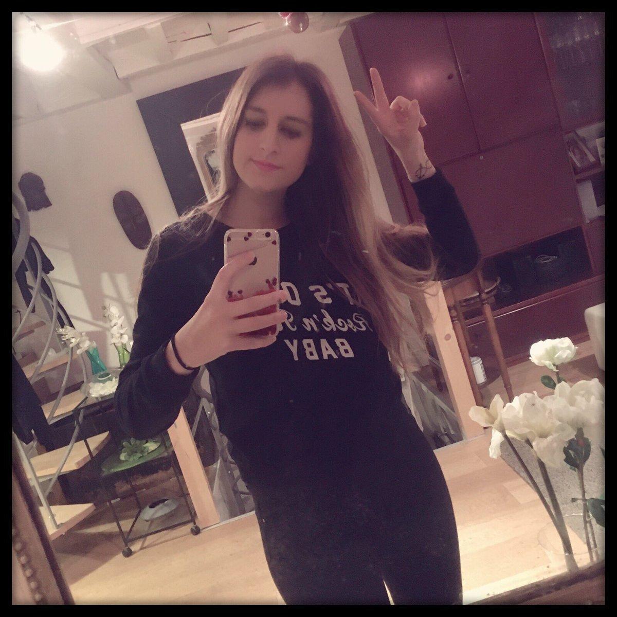 Good day    #lifestyle #brand #claudiepierlot #smcp #black #week<br>http://pic.twitter.com/ZTmH0FBqyZ