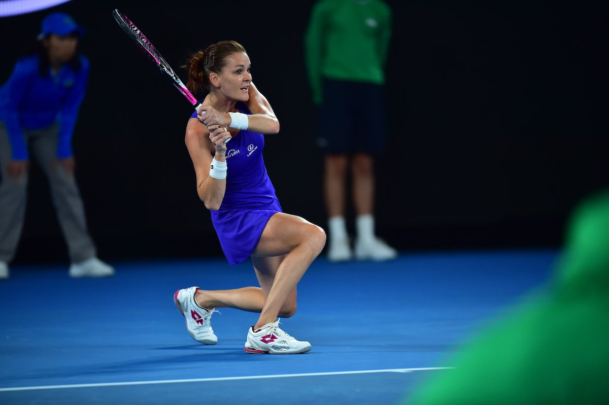 via: AustralianOpen: Sealed with an ace...  #Radwanska storms home, ousting Bulgaria&#39;s Pironkova 6-1 4-6 6-1.   #A… <br>http://pic.twitter.com/1J886A8ifv