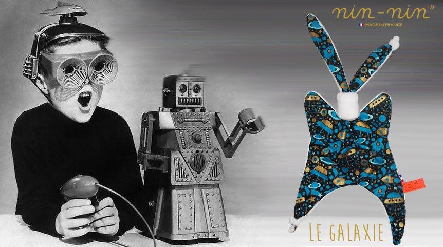 Le petit nouveau : Le Nin-Nin Le Galaxie. #motsdenfant #LMDM #love #enfant #madeinFrance #bourgogne #doudou #cadeau #original #naissance<br>http://pic.twitter.com/RLgnU0Nz7H