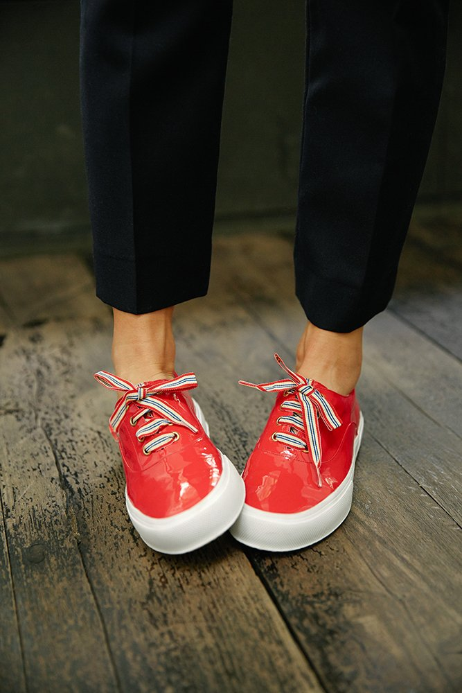 Comme Ines, on aime porter la Basket Kate avec un pantalon 7/8e #ootd #parisianstyle #InesFW16 Link :  http:// bit.ly/2gCYRQg  &nbsp;  <br>http://pic.twitter.com/DRfLKfNW4b