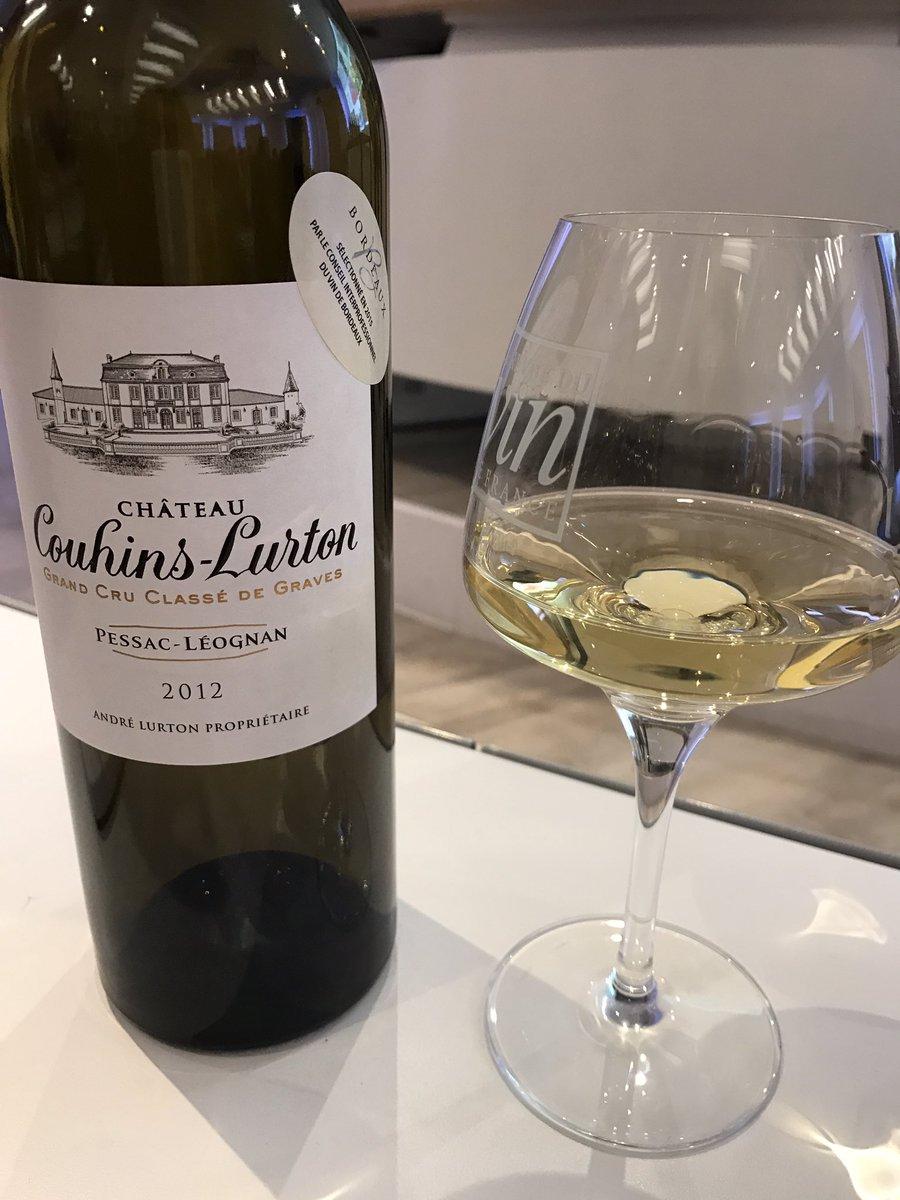 Voici les #vins dégustées hier à l&#39;@essec pour la semaine internationale de @MeltEssec : de belles découvertes à Bordeaux ! #tasting #wine<br>http://pic.twitter.com/KVhtd5iyLY