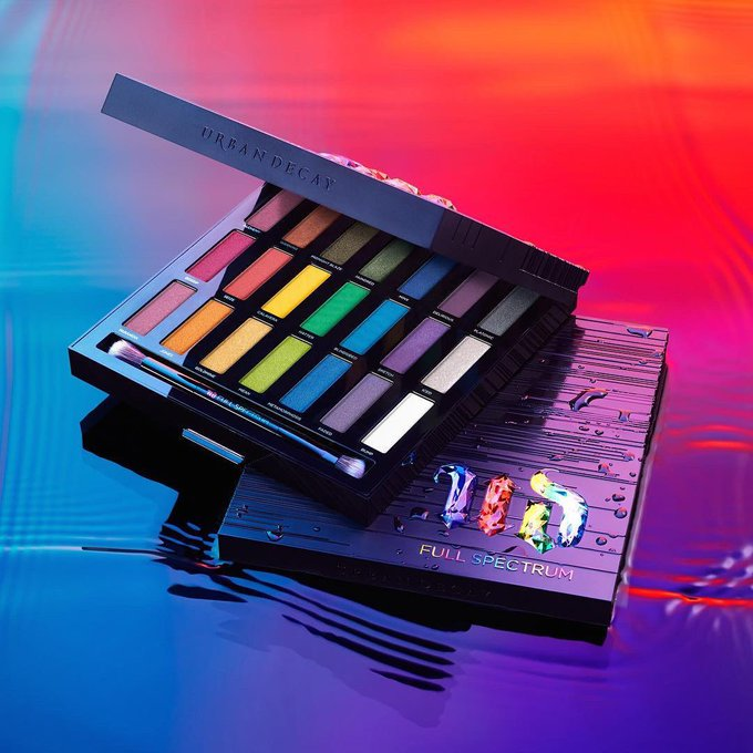 The Urban Decay Full Spectrum Palette Is on SALE
