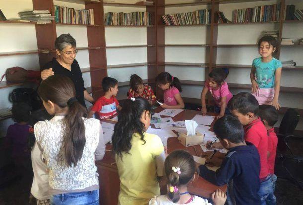 Retour sur la mission de @Francelibertes et @LeoLagrange dans les camps de réfugiés au #Kurdistan Irakien  http:// buff.ly/2jsiyKx  &nbsp;  <br>http://pic.twitter.com/bLhSPETiPY