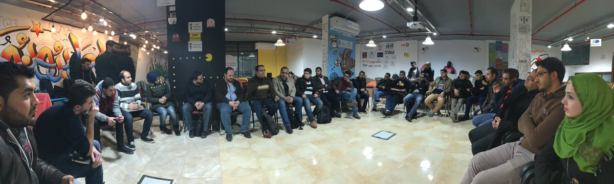 #Gaza devs #meetup now on boosting @github contributions and standards, and welcoming Besart, GSG's new Dev in Residence! #powerupgazageeks