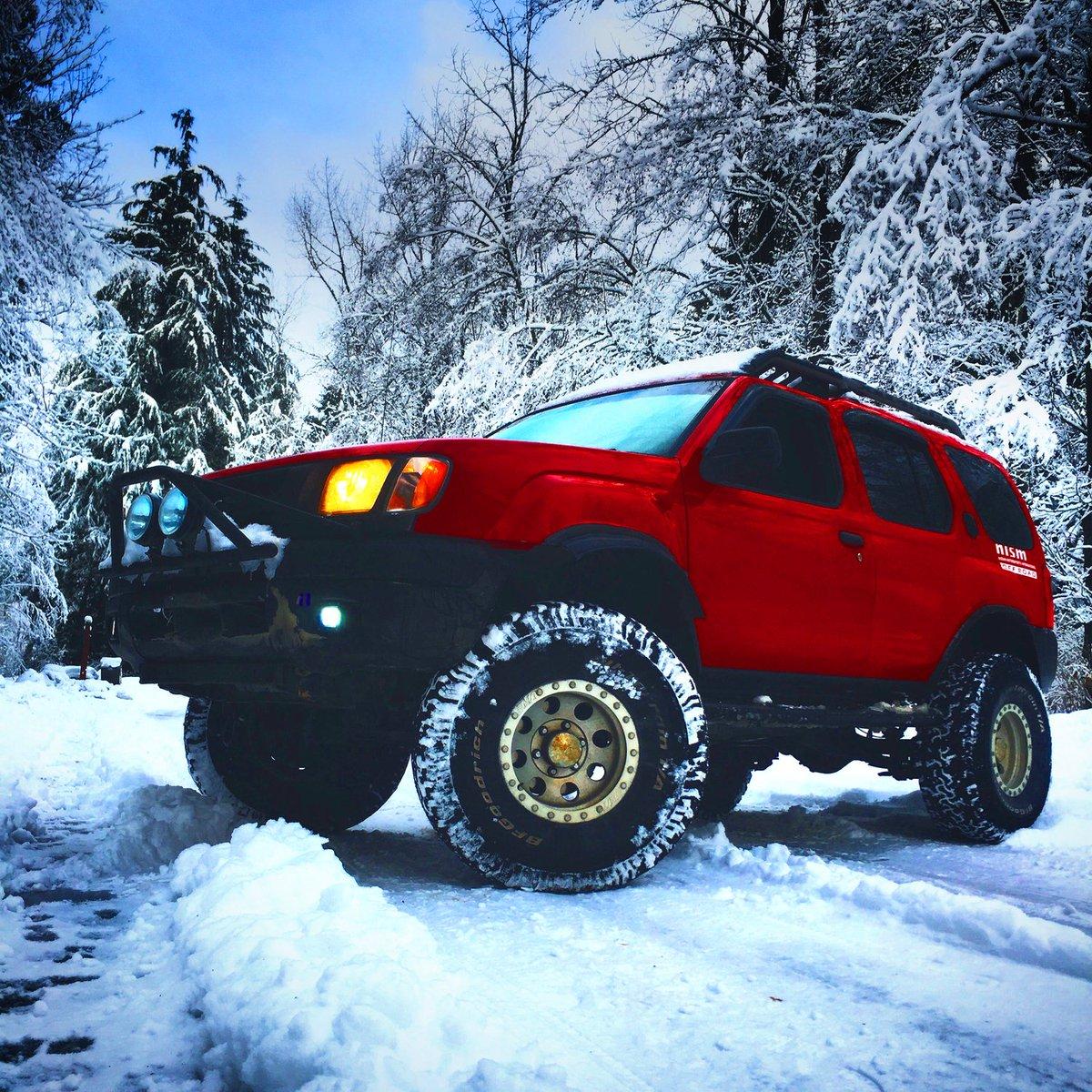 Snow monster. #Nissan #Xterra - Photo: Trey Z. https://t.co/FIIZoVehe0