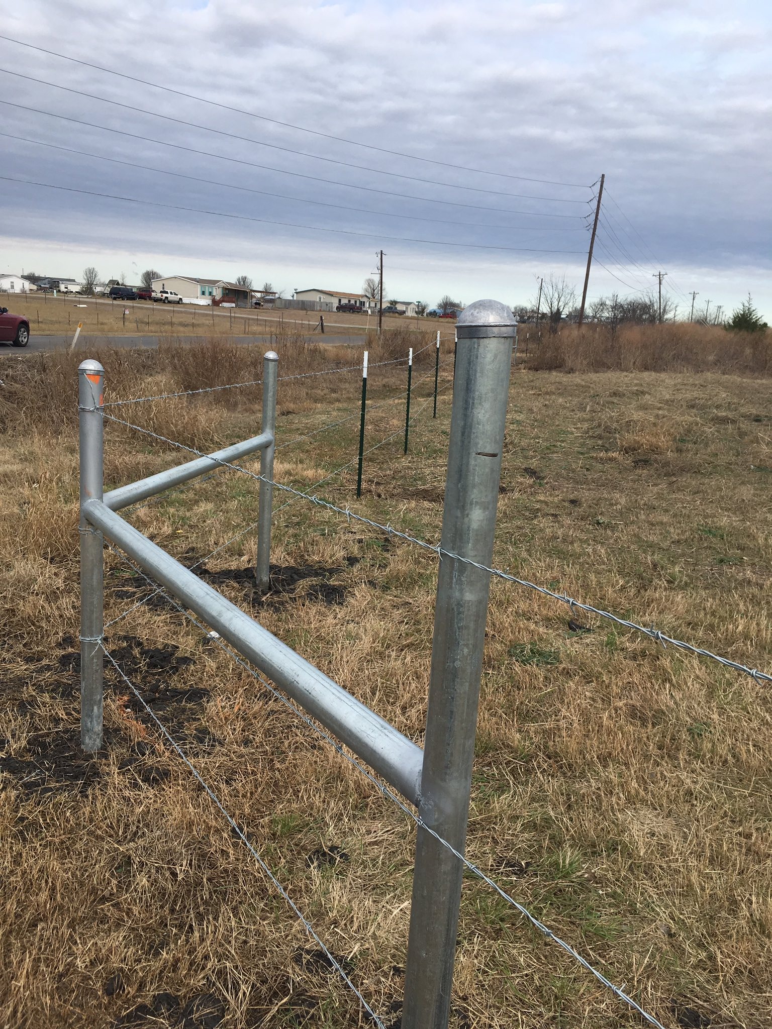 Ranch Rd Fence Co On Twitter Quot This Is A 2 Ft Barbed Wire