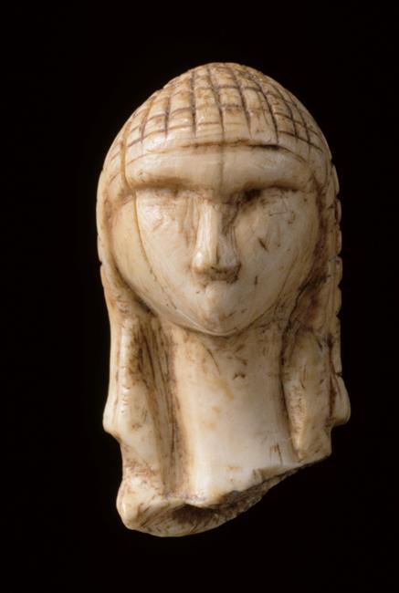Une image dont on ne lasse pas #Chalosse #Brassempouy #Vénus #archéologie #Aurignacien  http:// musee-archeologienationale.fr/phototheque/oe uvres/tete-feminine-dite-la-dame-de-brassempouy-ou-la-dame-a-la-capuche_ivoire-de-mammouth_sculpture-technique &nbsp; …  <br>http://pic.twitter.com/gTyvh1MbcF