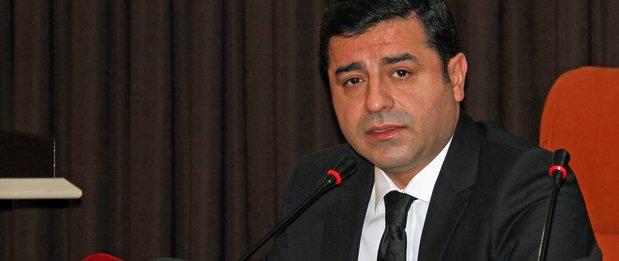 #Turquie &gt; Le parquet turc requiert jusqu&#39;à 142 ans de prison pour le leader kurde Selahattin #Demirtas<br>http://pic.twitter.com/NZT7hcBkAB