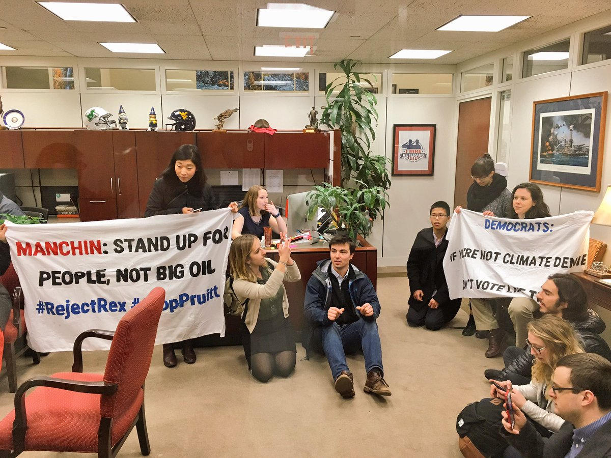 Young people occupying @Sen_JoeManchin&#39;s office, demanding that he stop Trump&#39;s #climate-denying Cabinet nominees! #RejectRex #StopPruitt<br>http://pic.twitter.com/zXWkDWZ29M