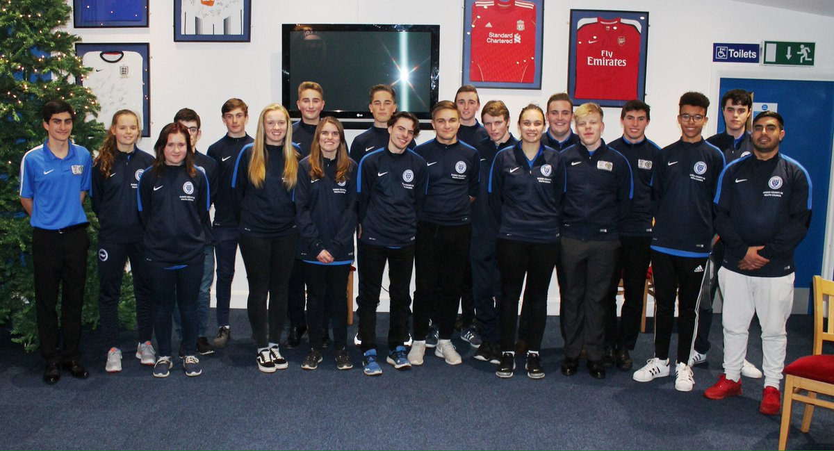 Tonight we welcome @aidanwillis92 of @TheFaNYC to the first @SussexFAYC meeting of 2017 with @SussexRAFAYouth #RoleModels #TogetherStronger <br>http://pic.twitter.com/1T2edJTGqU