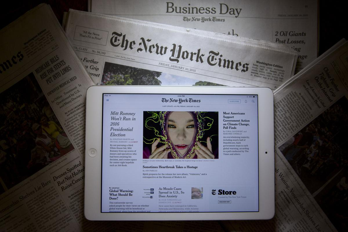 Must-read : la stratégie et les aspirations du New York Times pour 2020  http://www. poynter.org/2017/with-the- 2020-report-the-new-york-times-charts-a-course-for-its-future/445460/ &nbsp; …  #NYTimes #future<br>http://pic.twitter.com/ywRELSO7DQ