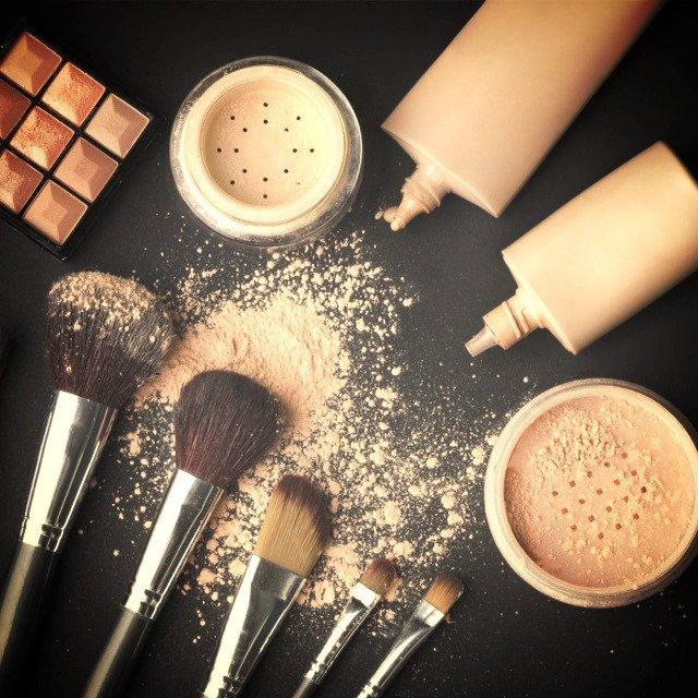 Restauration en cours!  #instagramers #makeup #makeupaddict #makeuplover #beauties #beaut…  http:// ift.tt/2iJZzKU  &nbsp;  <br>http://pic.twitter.com/ic6VkQPlTs