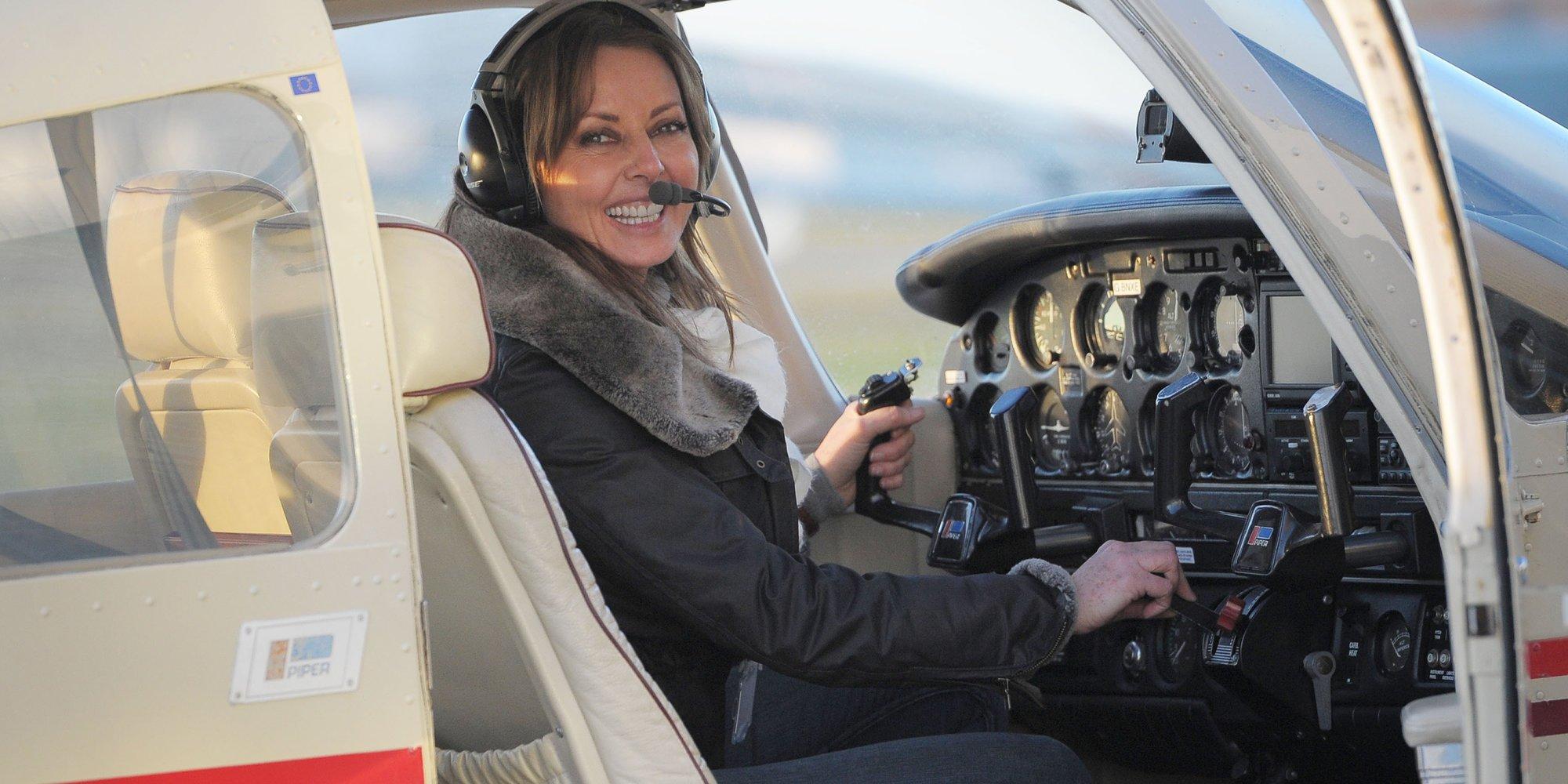 RT @HuffPostUKEnt: Carol Vorderman's plan to fly solo across the globe is back on track https://t.co/KSKBYpeJv3 https://t.co/ICKilDHPLn