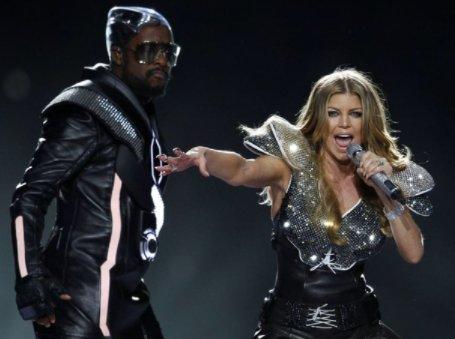 #SuperBowl LI just got Fergalicious: @Fergie to headline at @ESPN blow...