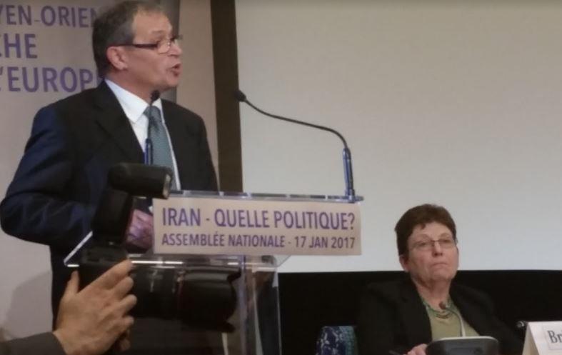 député @PascalDeguilhem Mme Radjavi vous menez un combat en #Iran pour des valeurs communes, il ne faut pas céder #DirectAN #FreeIran #Paris<br>http://pic.twitter.com/cCmrMKFl5y