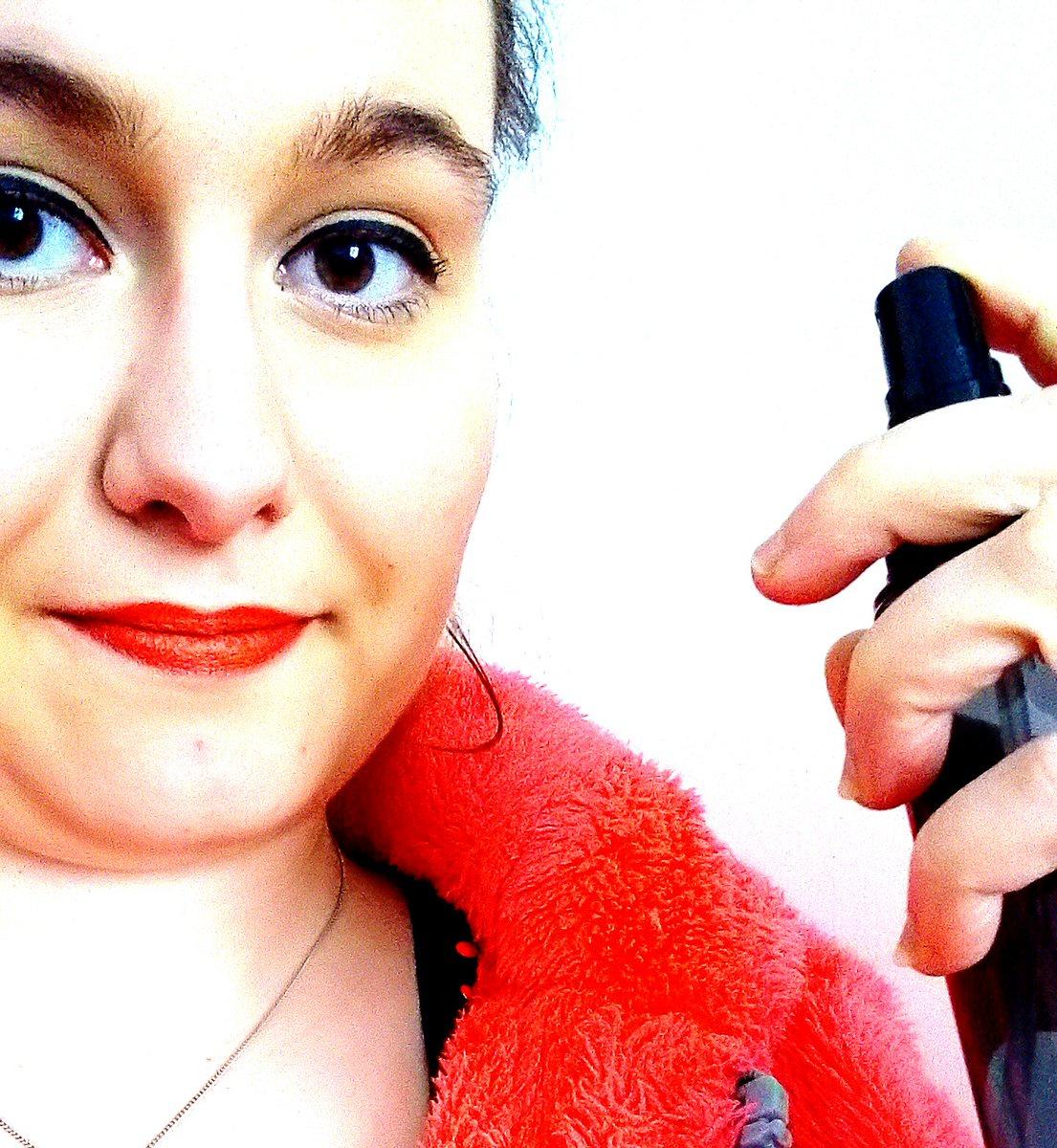 J&#39;ai testé le fixateur de maquillage chez Nocibé.  http:// wp.me/p7tvmX-6y  &nbsp;   #nocibe #beautyaddict #makeupaddict #makeupblogger #makeupartist<br>http://pic.twitter.com/bOwdT6aeJh