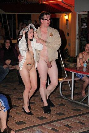 club and resort nudist rv Riverboat