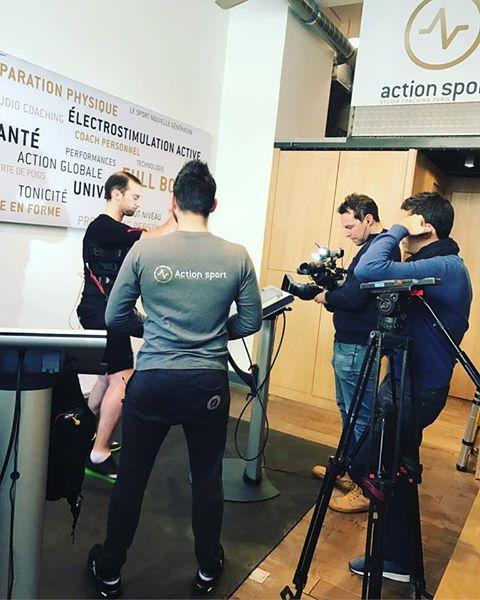 REPORTAGE @actionsportparis BIENTÔT sur TF1 #ems #detox #healthy #mihabodytec #actionsport @olivier_darmont #tf1 #remiseenforme<br>http://pic.twitter.com/LdmD3ugdqU
