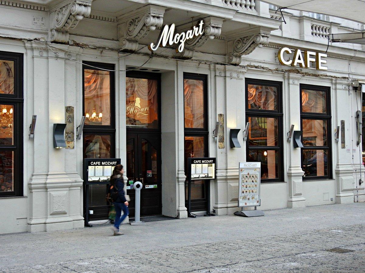 Mozart Café #Viena #Austria<br>http://pic.twitter.com/7Qqi5QdWVL