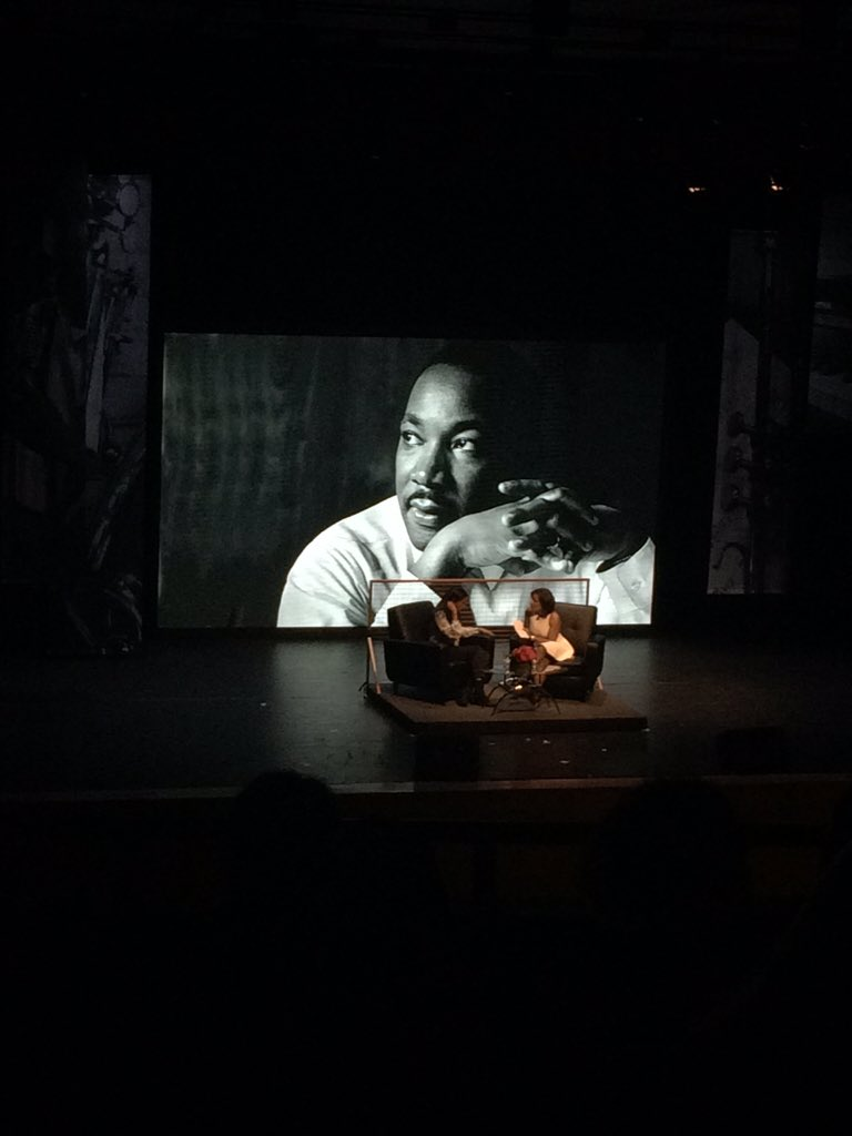 So excited to see @reneeelisegolds at @Northeastern to honor MLK. https://t.co/xTYoCHEwhs