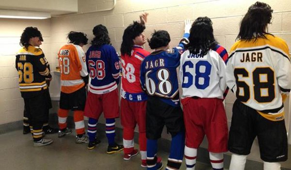 The Travelling Jagrs, @68isgr8, might be the best story in sports. https://t.co/IR15uEMeu0