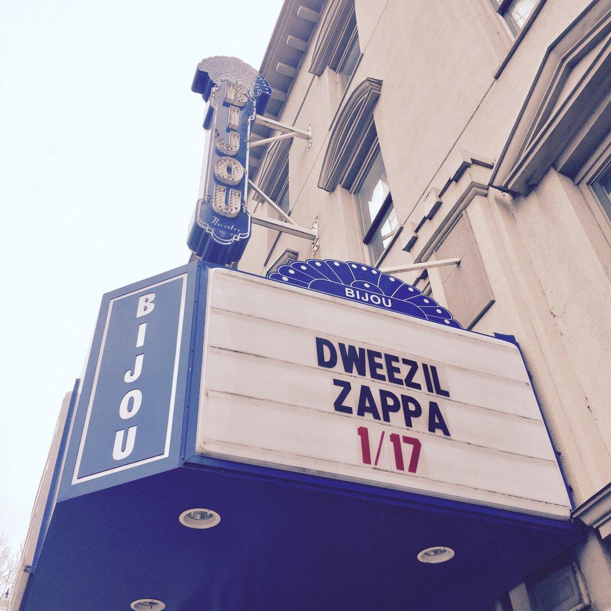 Tonight @DweezilZappa returns to the Bijou Theatre! Doors 7pm / Show 8pm! #knoxrocks https://t.co/QIY6th5aLz