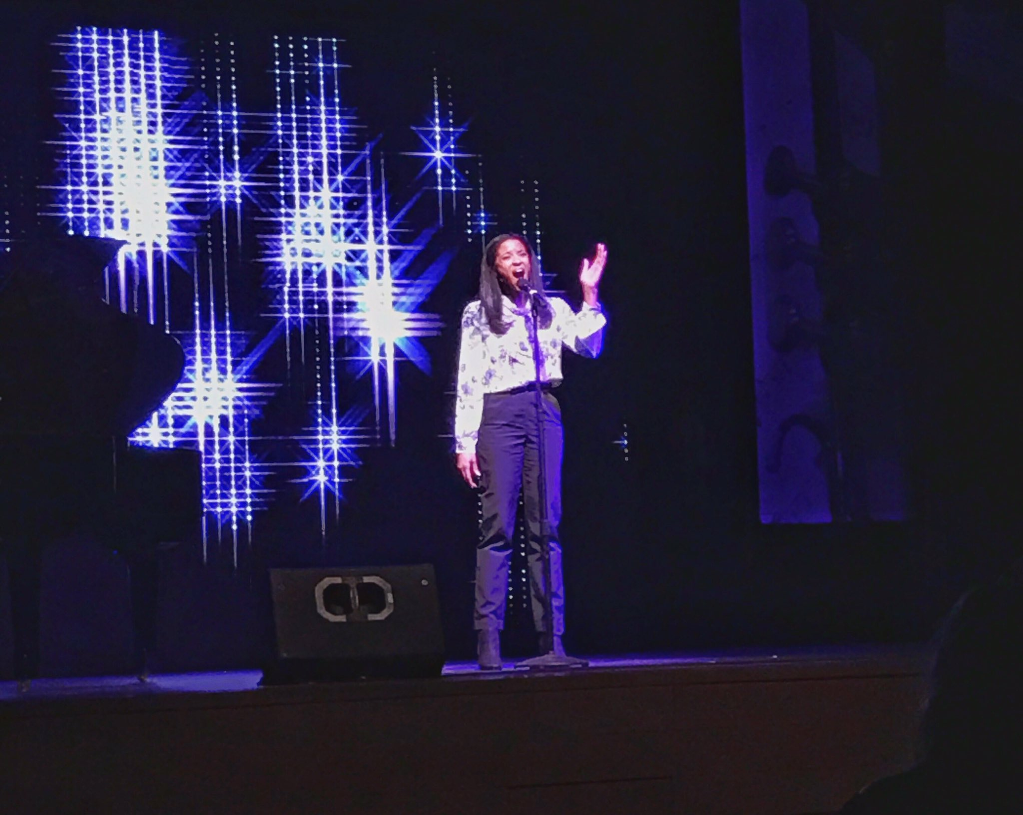 @reneeelisegolds thank you for speaking & performing today at northeastern! https://t.co/wXb2JNsJBC