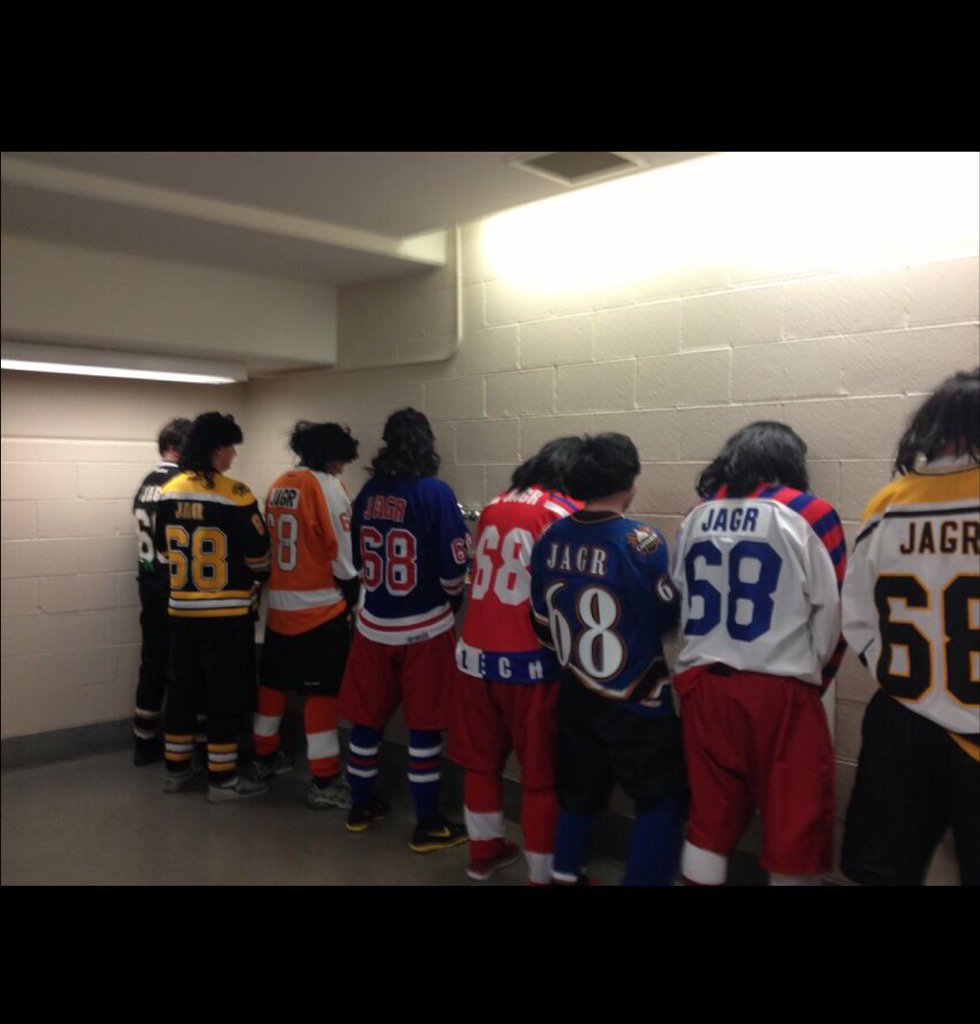 #Flames fans: don't be alarmed if you walk into a scene like this at the Dome tonight. @travellingjagrs https://t.co/5Wycj2zooK