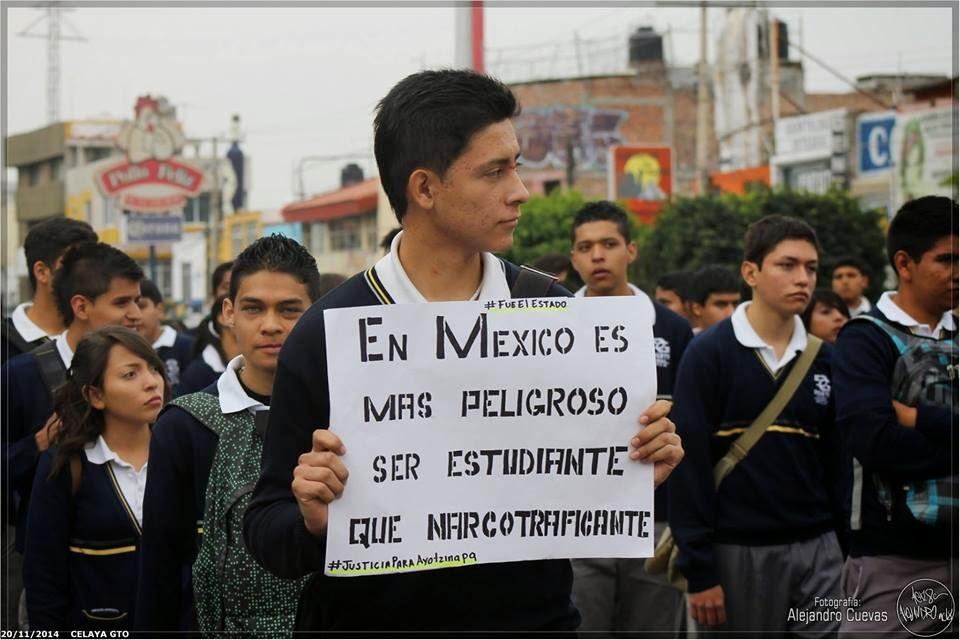 Por 43.. Por 49.. por miles de desaparecidos.. por insostenible..#UnidadContraPeña #PaseDeLista1al43  @epigmenioibarra  @alynmon @Drago237<br>http://pic.twitter.com/LpSzXzZMaR