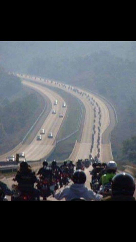 200,000 #PureBreadAmericanBikers heading 2 help with #Security at #Inauguration  of their #PresidentElectTrump! #USA!<br>http://pic.twitter.com/Abx9yGxM4N