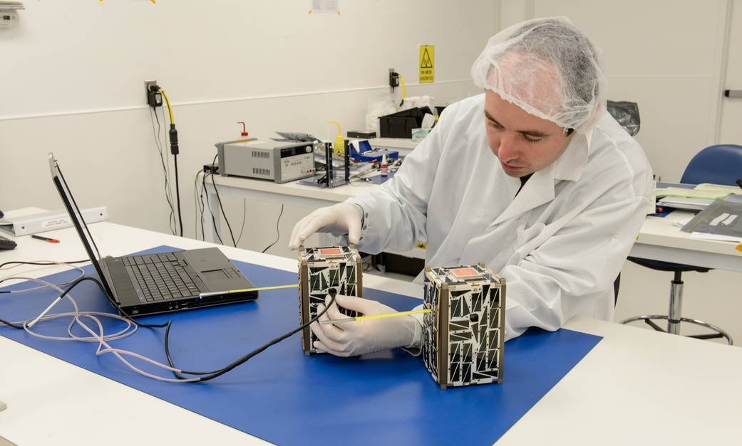 The two Nodes satellites undergoing software loading prior to system functional testing. #WhatOnEarth