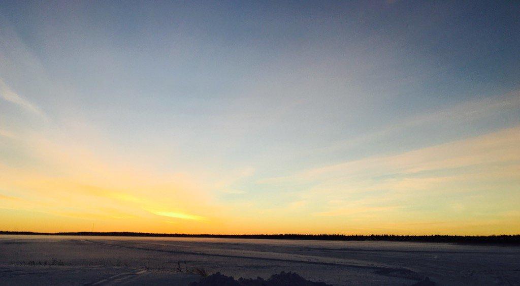 Mikäpä tuolla oli hiihtäjän hiihdellä. #hiihto #Kuusamo <br>http://pic.twitter.com/hmbSzk2dEB