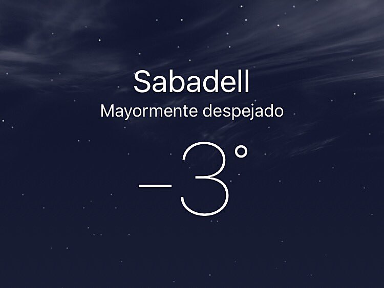 Bon dia    #DesdeSabadell   #Sabadell #Sbd #Meteo #Fred <br>http://pic.twitter.com/VXUlZzTlkc