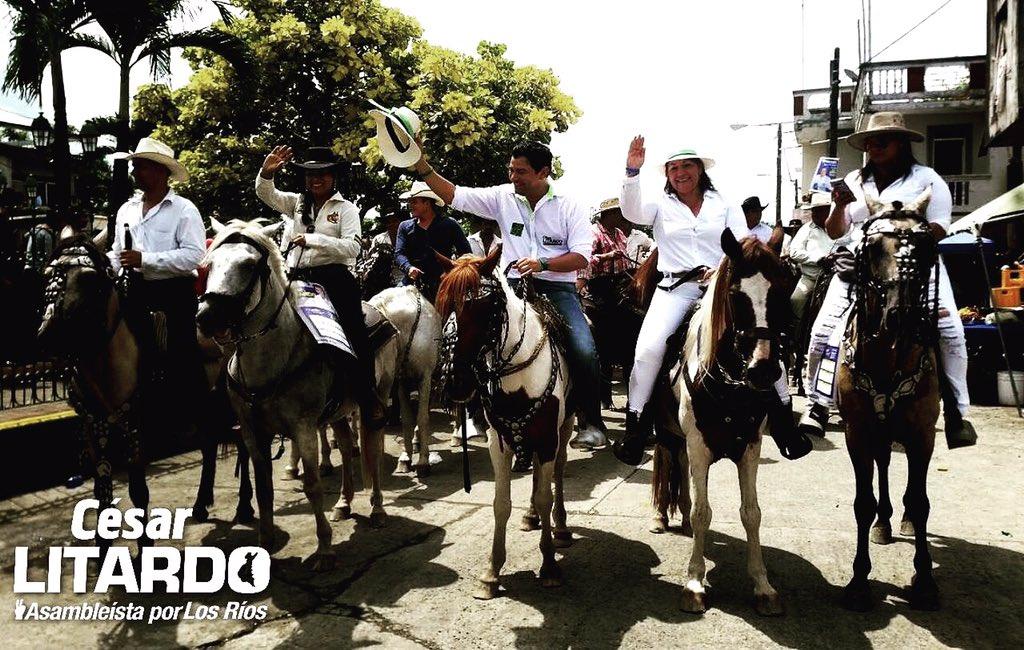 Siempre apoyando nuestras tradiciones #montubias #LosRíos #tupalabraesmiley #cabalgata <br>http://pic.twitter.com/ioZ8I1XxYv