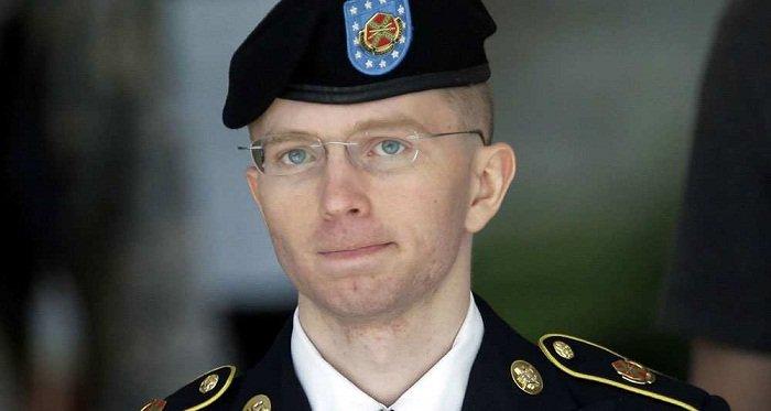 #Obama commue la peine de #ChelseaManning #USA #socialmedia #Wikileaks #JulianAssange #socialmedia #hrw   http:// fr.azvision.az/Obama-commue-l a-peine--32969-xeber.html#.WH8KdaNayMg.twitter &nbsp; … <br>http://pic.twitter.com/DAlLVOdkHV