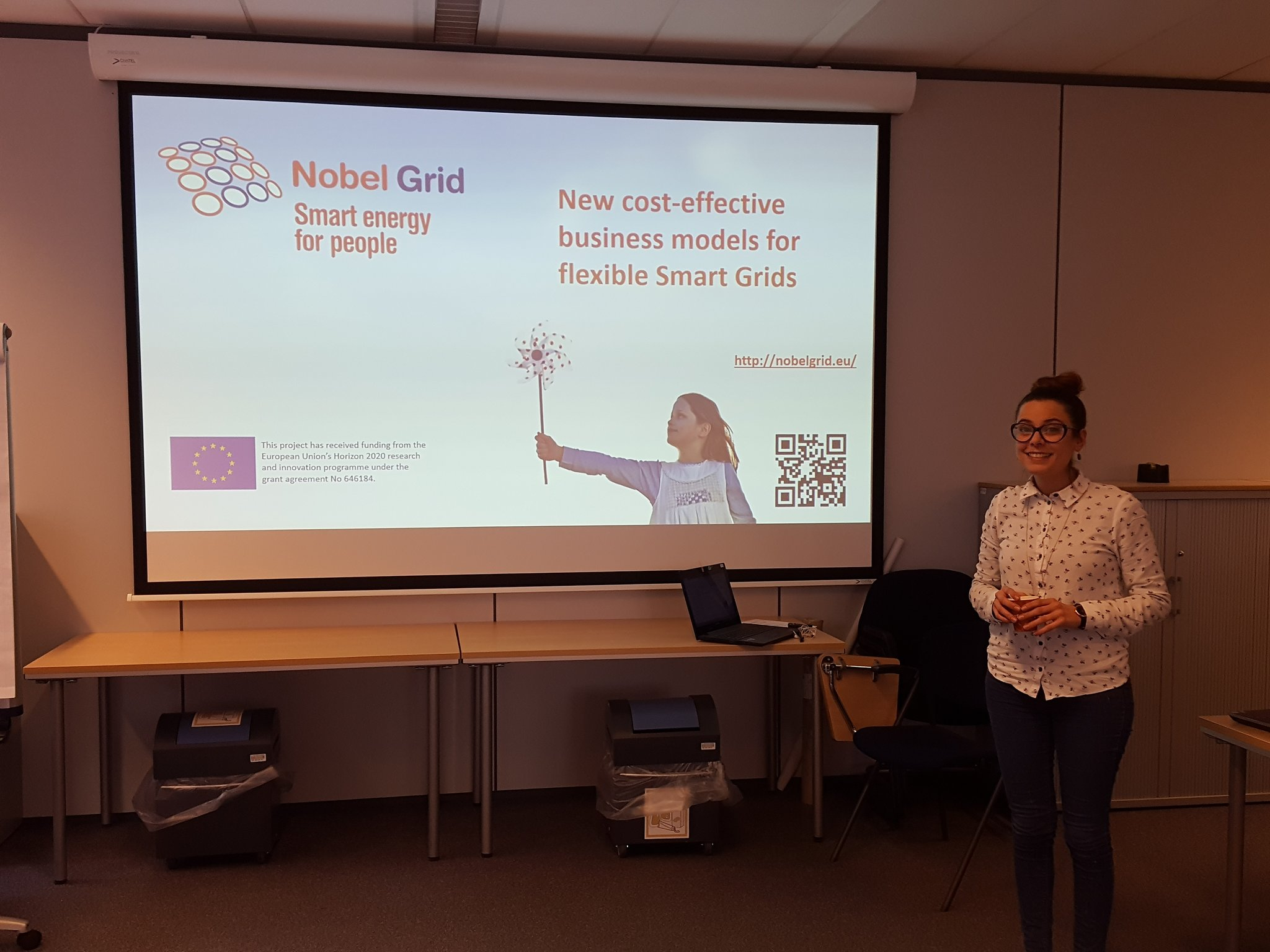 Ana Isabel with useful Customer Engagement insights from #H2020  @NobelGrid project. @gazzema #smartgrid #EnergyStorage https://t.co/FZmiX7NK21
