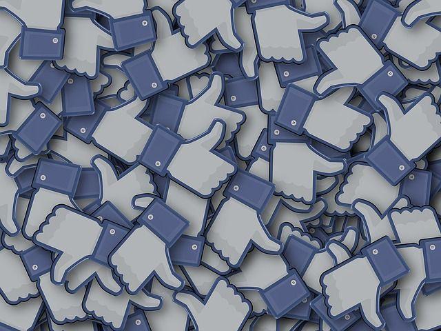 Réseaux sociaux: 5 tendances qui vont marquer 2017! #socialmedia #marketing  http:// buff.ly/2iGFT7p  &nbsp;   via @Markentive_FR<br>http://pic.twitter.com/8kJUITM8Y9