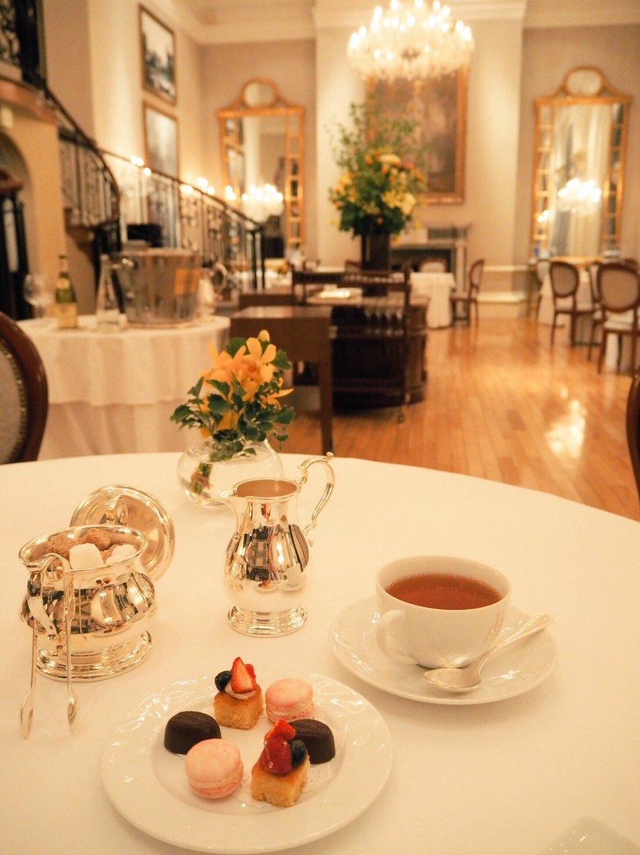 タラレバの ピンクのレストラン可愛い👀💞  8年前のレストランは オーベルジュドリルトーキョー かな☺️💘  #東京タラレバ娘 https:...