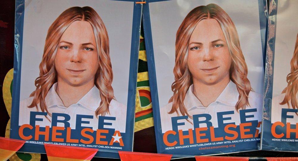 Unironic &#39;#ThanksObama&#39;: @WhiteHouse commutes #ChelseaManning sentence  http:// sptnkne.ws/drKh  &nbsp;   #ChelseaIsFree<br>http://pic.twitter.com/LAfHxisSFK